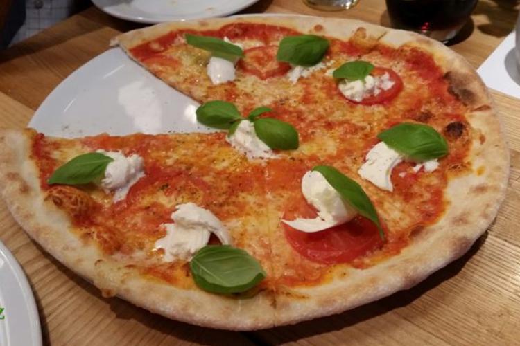 Boscaiola Pizzeria – idealna pizza po uniwersyteckim spacerze